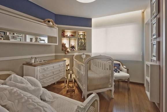 decorar quarto de bebê branco e azul