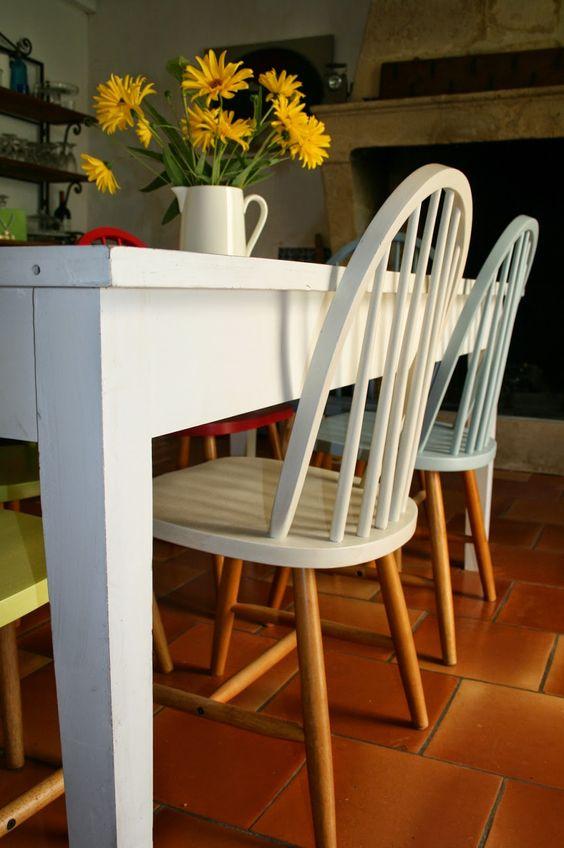 Cadeira reformada para sala de jantar moderna
