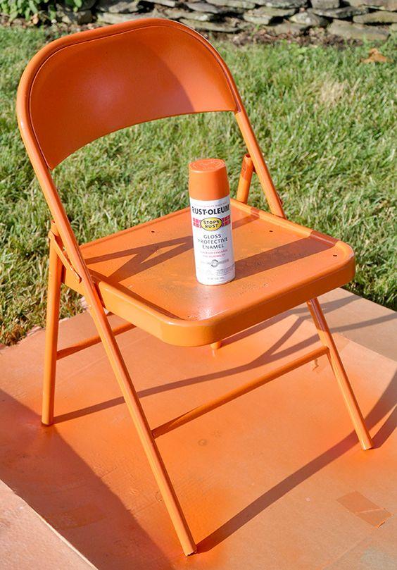 Reforma de cadeira de ferro laranja