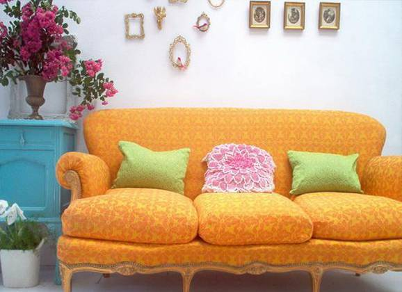 Como_Decorar_Viva_Decora_Garrafas _coloridas_na_decoracao_