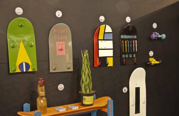 Decoração de madeira: Alguns itens com skate