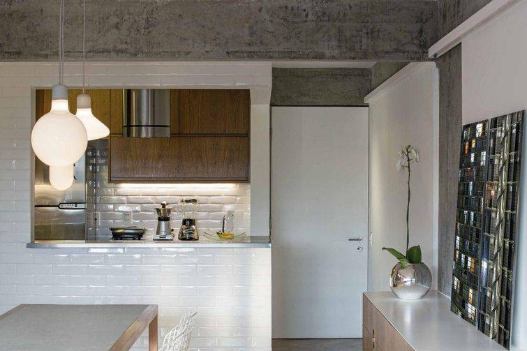 20009-cozinha americana com revestimento de tijolinhos brancos pascali-semerdjian-arquitetos-viva-decora