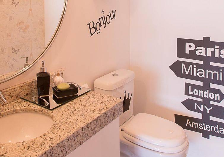 56133 banheiros pequenos camila chalon