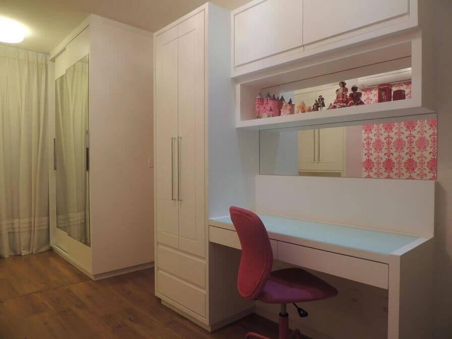 Guarda-roupa planejado em quarto feminino Projeto de CS Projetos