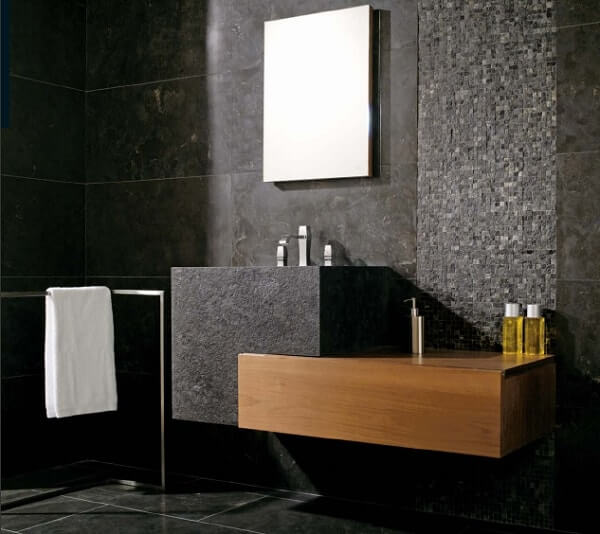 Piso para banheiro com pedras naturais