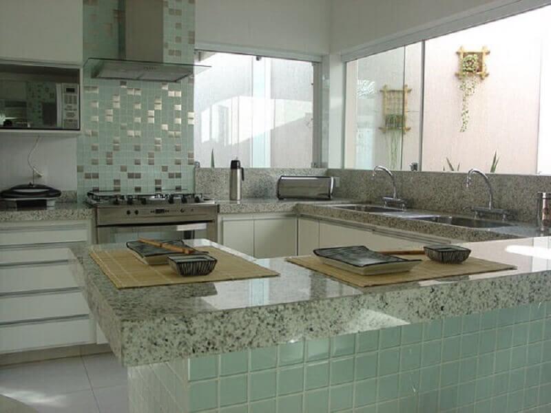 Revestimento para cozinha com pastilha de vidro