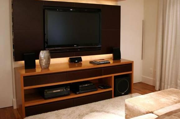 casas modernas com televisão