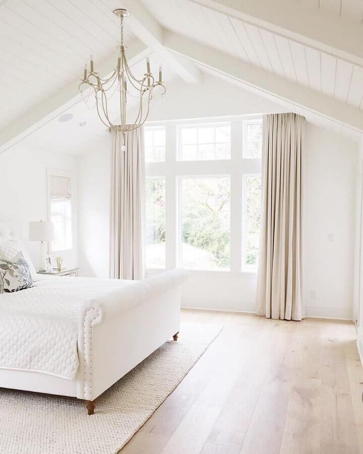 decoração clean com lustres para quarto