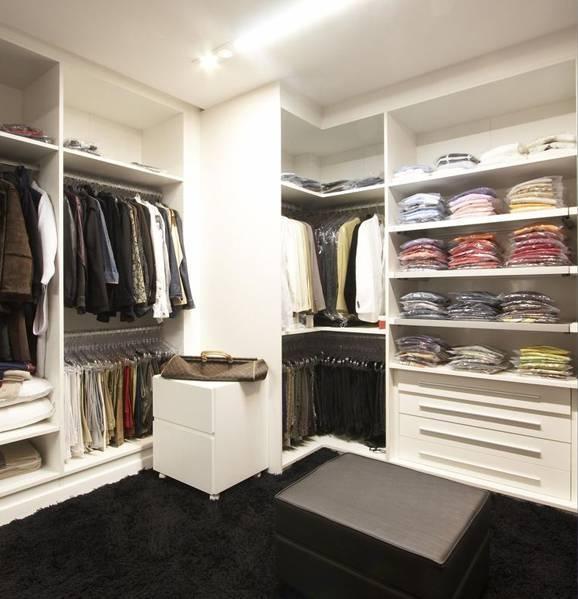 Guarda-roupa planejado em closet