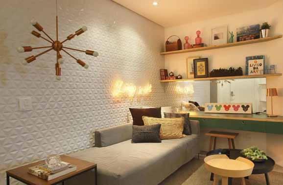 prateleiras para quarto com lustre cobre