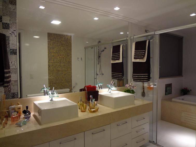 Banheiros planejados para o seu conforto -> Banheiros Medios Decorados