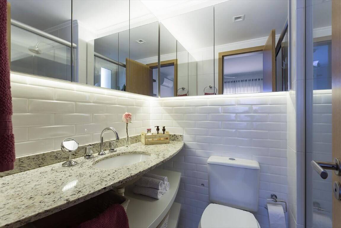 Azulejos para banheiro branco decorado
