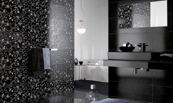 Azulejos para banheiro com ornamento floral em preto