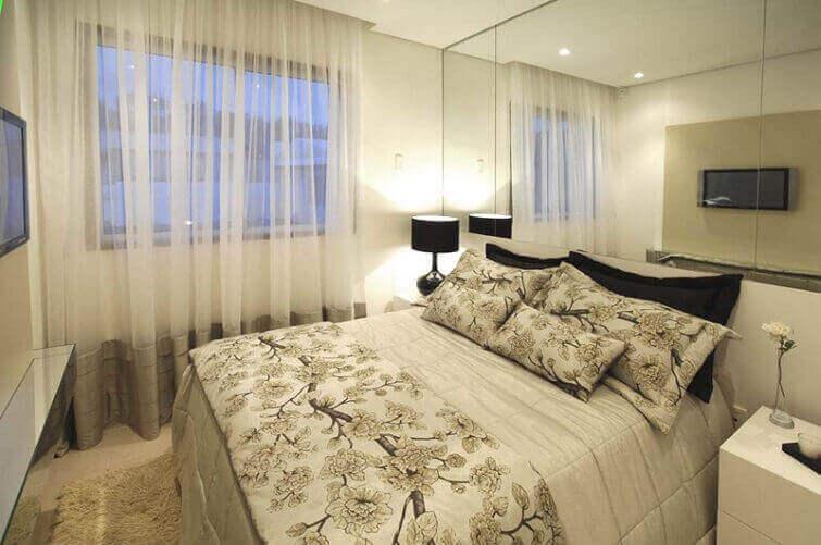 Cortinas para quarto de casal moderno