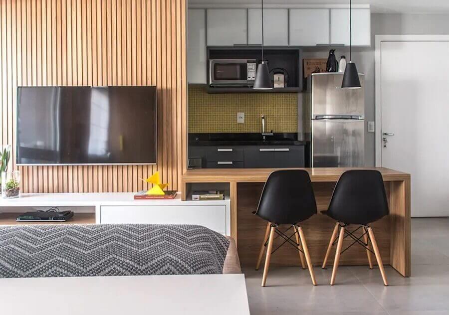 bancada de cozinha americana feita em madeira Foto Danyela Correa