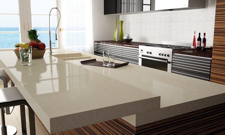bancada de cozinha feita em quartzo Foto Compac