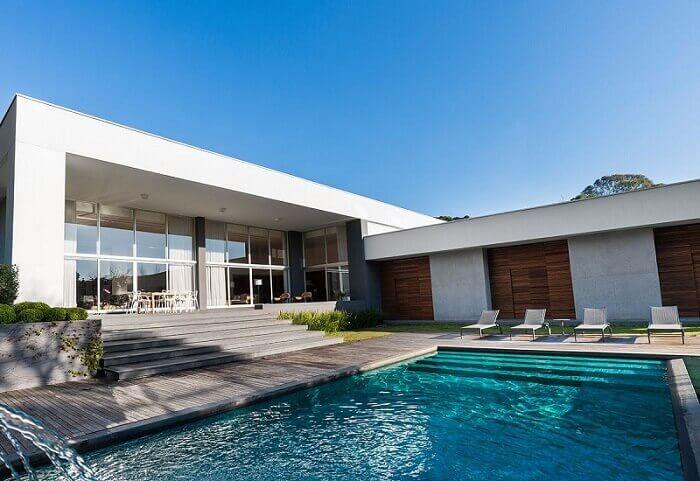 casas com piscina deck cinza com kardim leonardo muller 152351