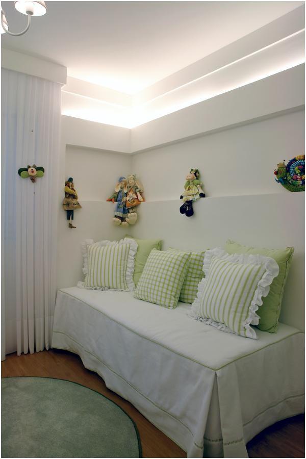 decoracao de quarto de bebe feminino almofadas verdes pepita e paulo 106671