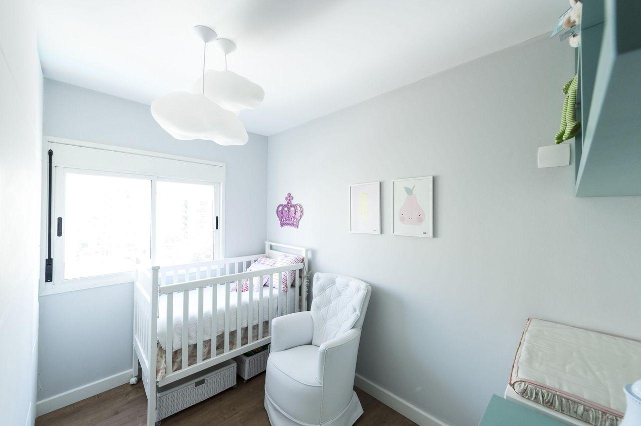 decoracao de quarto de bebe feminino lustre nuvem carla cuono-62090