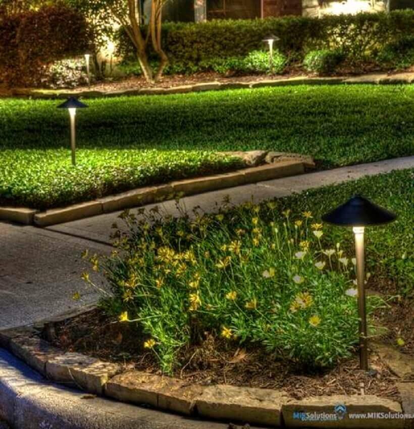 ideias de iluminação para jardim