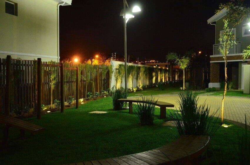 poste de iluminação para jardim