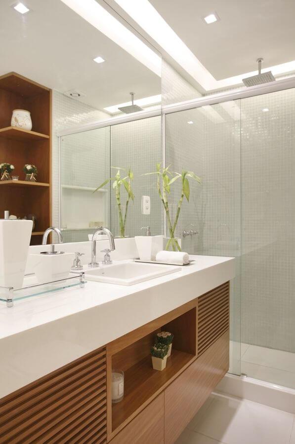 Rebaixamento de gesso para banheiro iluminado