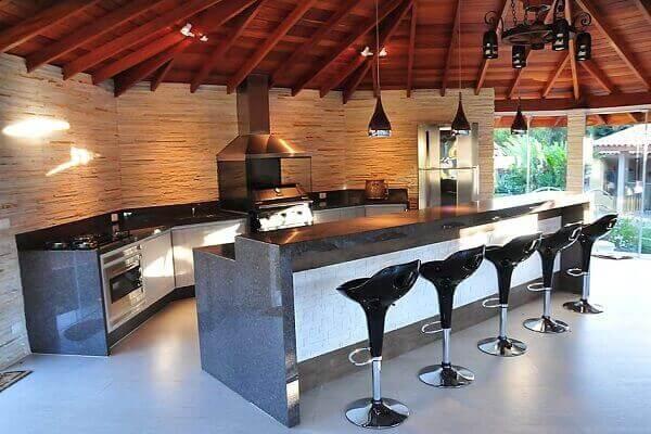 Área de churrasco moderna