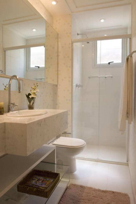 Banheiro pequeno decorado aproveitando cada espaço -> Banheiro Pequeno E Clean