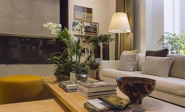 Abajur para chão na sala de estar Projeto de Bruno Gap