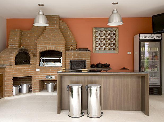 Area de churrasco com geladeira
