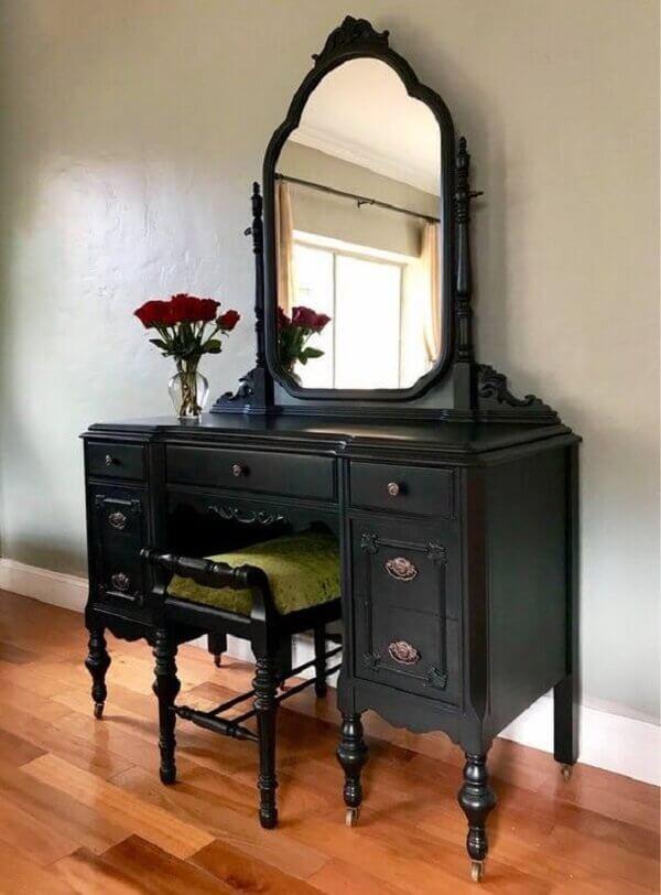 Penteadeira preta classica