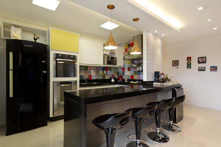 Modelos de casa pequena como decorar sem gastar muito for Iluminar piso interior