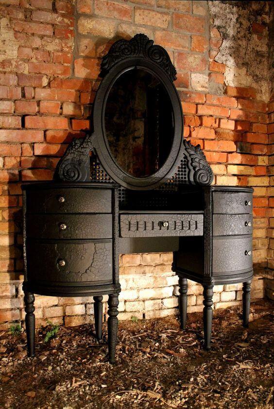 Penteadeira preta vintage para decoração moderna
