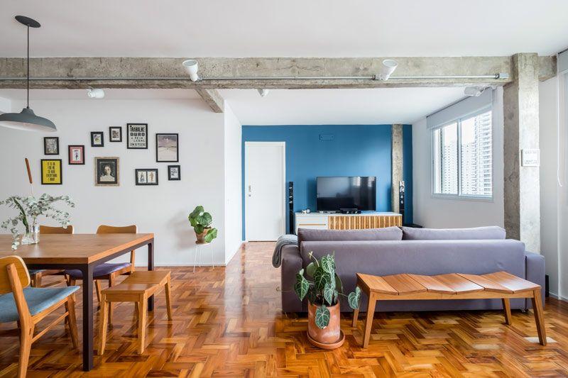 Plantas para apartamento - ambientes integrados e sofá cm tecido roxo claro