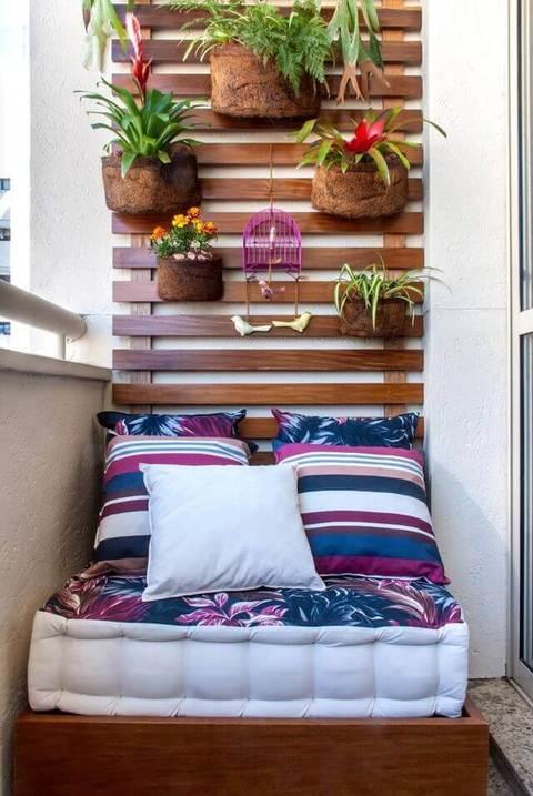 Plantas para apartamento - varanda com plantas