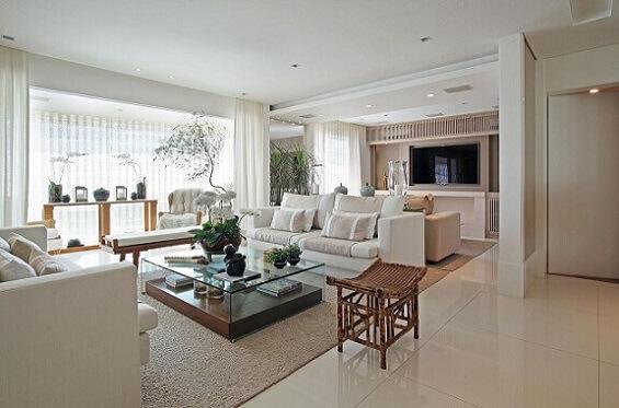 Sala de estar com teto de gesso Projeto de Negrelli e Teixeira