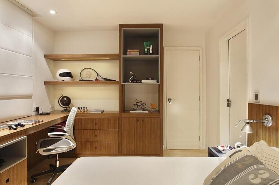 bancada de madeira para quarto com decoração neutra Foto Roberta Devisate
