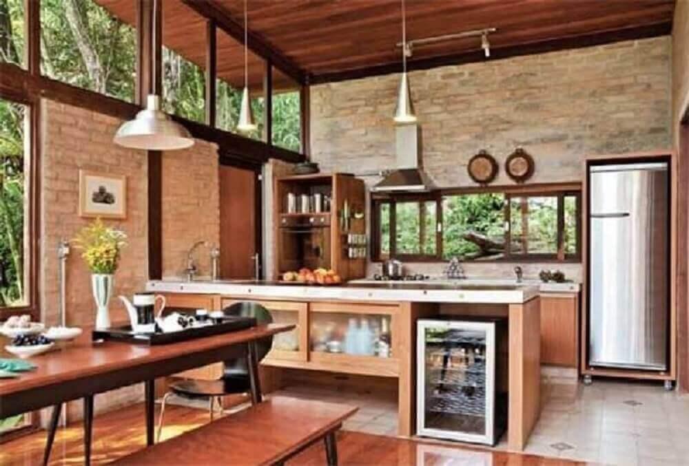 cozinha rústica espaçosa