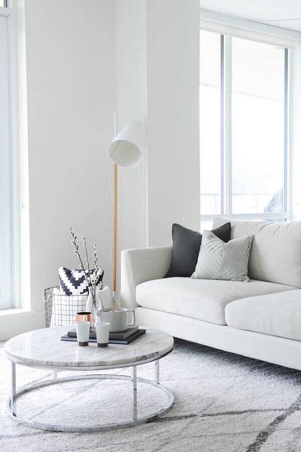 decoração com abajur de chão para sala branca Foto Houzz
