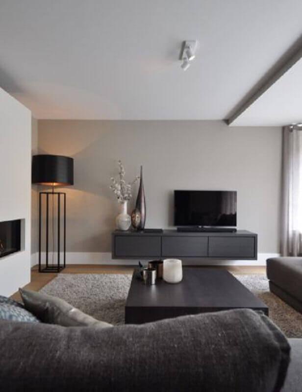 decoração com abajur de chão preto para sala moderna Foto Futurist Architecture