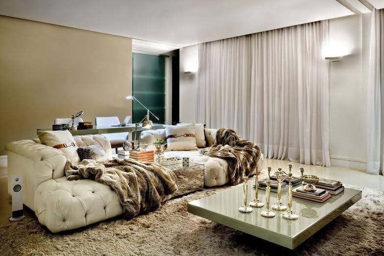 The decoration of the living room, the comfort, the luxury and the elegance -