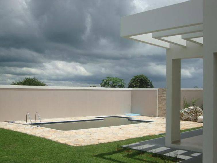 Muros de casas: área externa também deve ser planejada