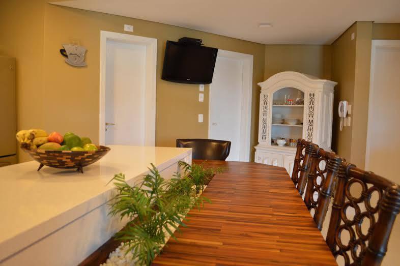 Painel de sala, rack ou estante? Onde mora sua TV?