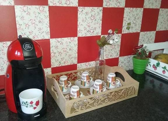14775-cozinha-parede-da-cozinha-decorada-com-papel-contact-inara-souza-viva-decora