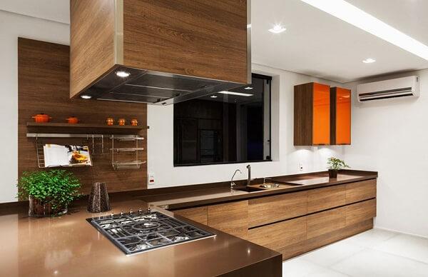Granito Marrom Absoluto em cozinha moderna
