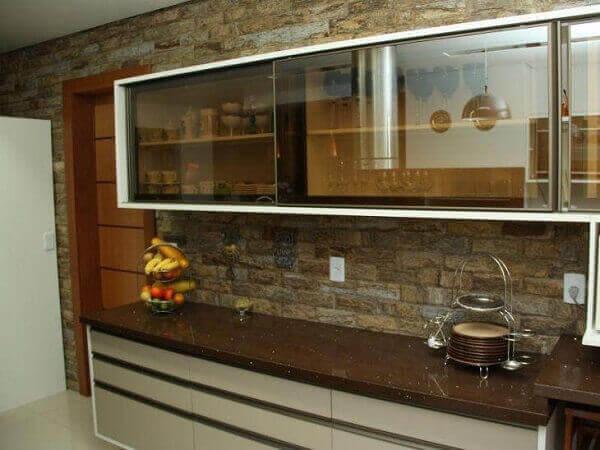 Granito Marrom Absoluto para cozinha rústica