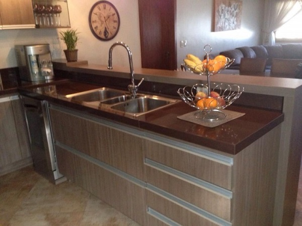 Granito Marrom Absoluto tampo de cozinha