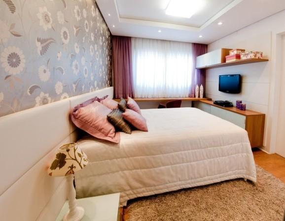 Papel de parede para quarto feminino estilo na decoração