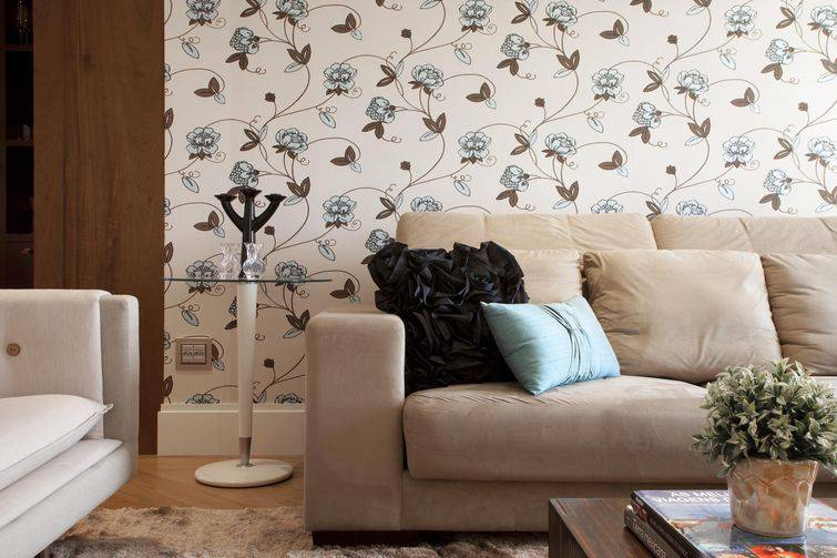 Papel de parede na sala de estar para ambientes cl ssicos for Papel pared personalizado foto