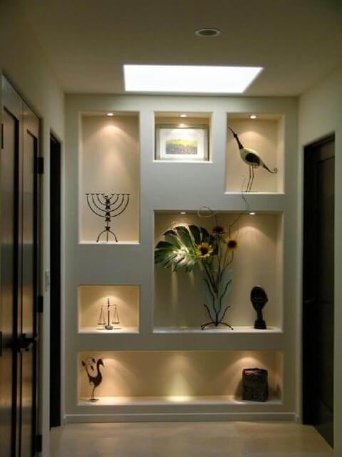 Parede de gesso com luz de LED